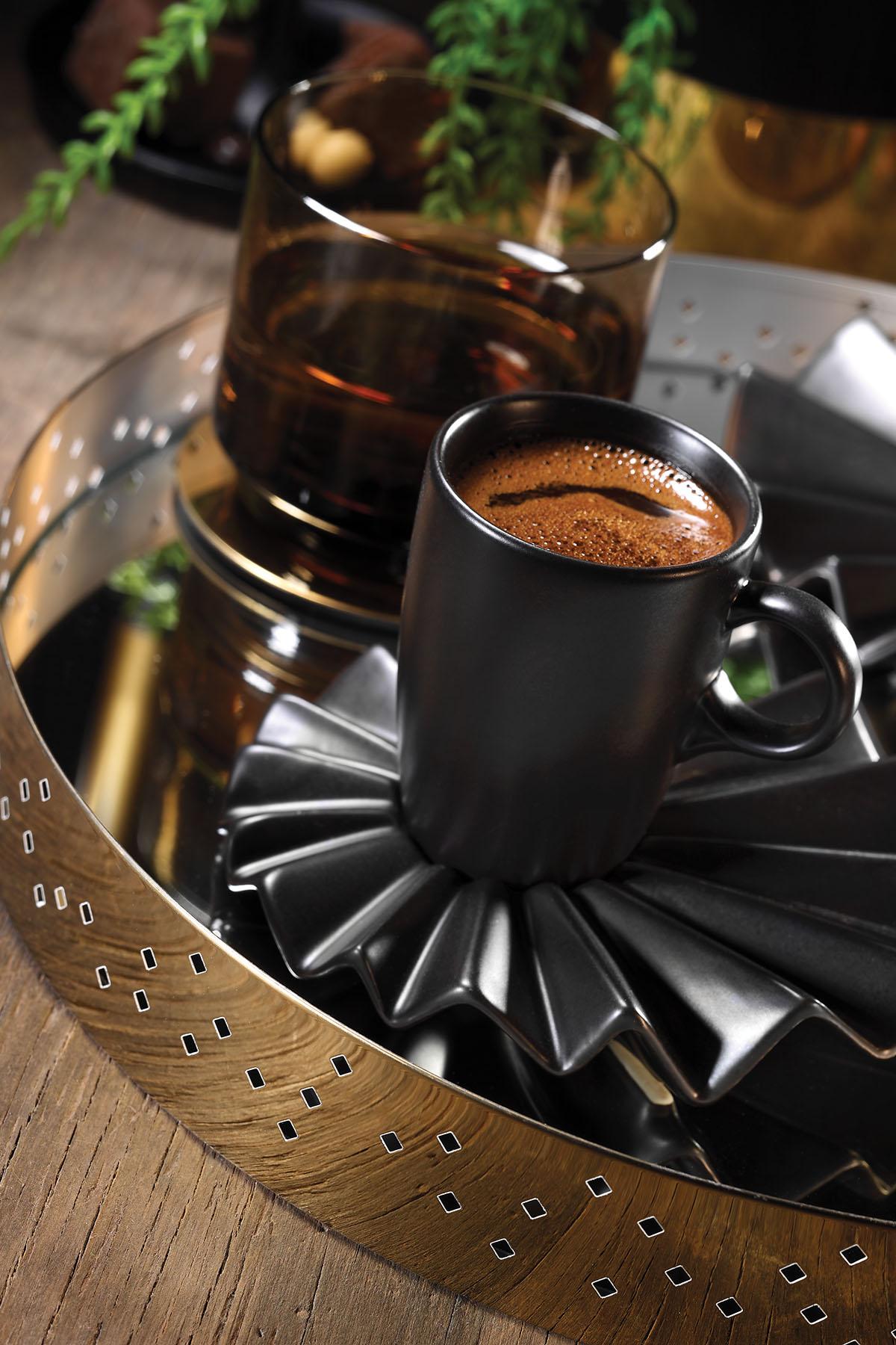 Kütahya Porselen Adora Kahve Takımı Siyah