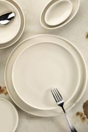 Kütahya Porselen Chef Taste Of 24 cm Kayık Tabak Krem - Thumbnail