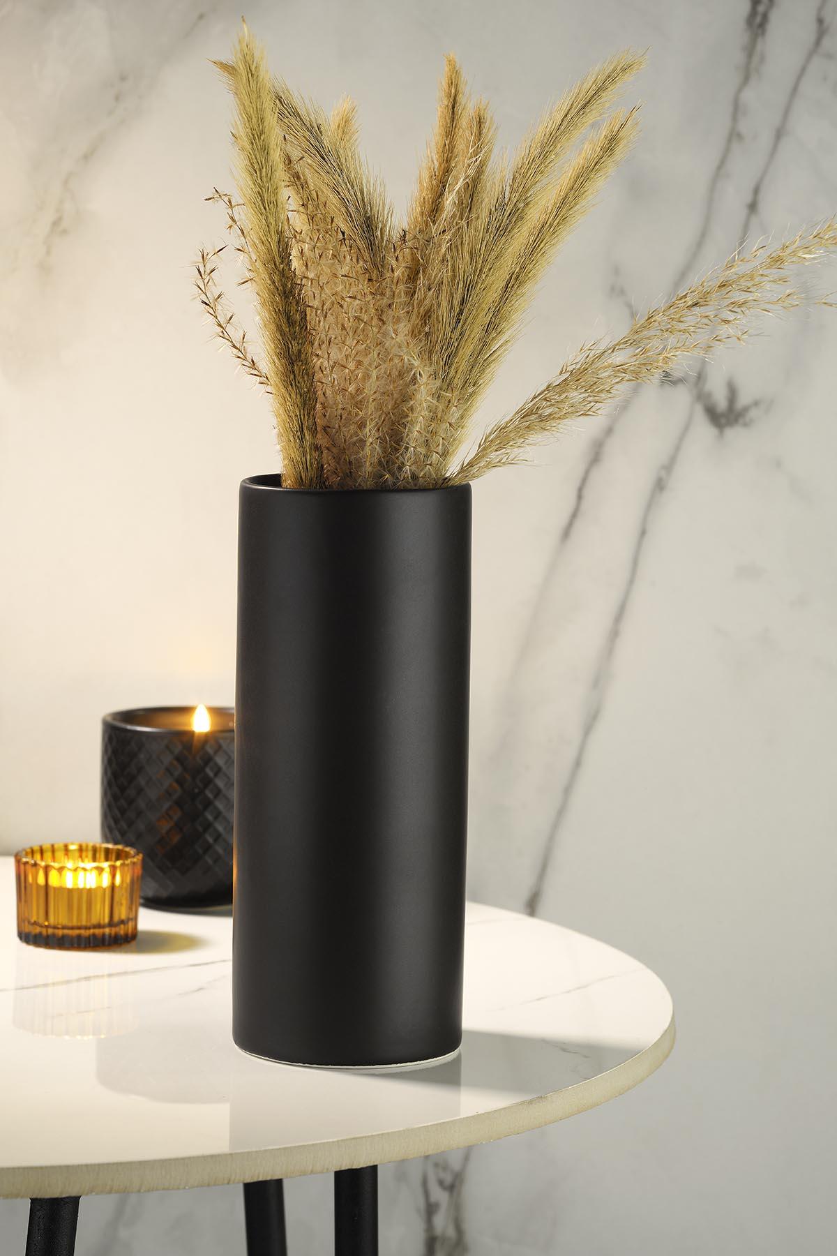 Kütahya Porselen Modern 20 cm Vazo Mat Siyah
