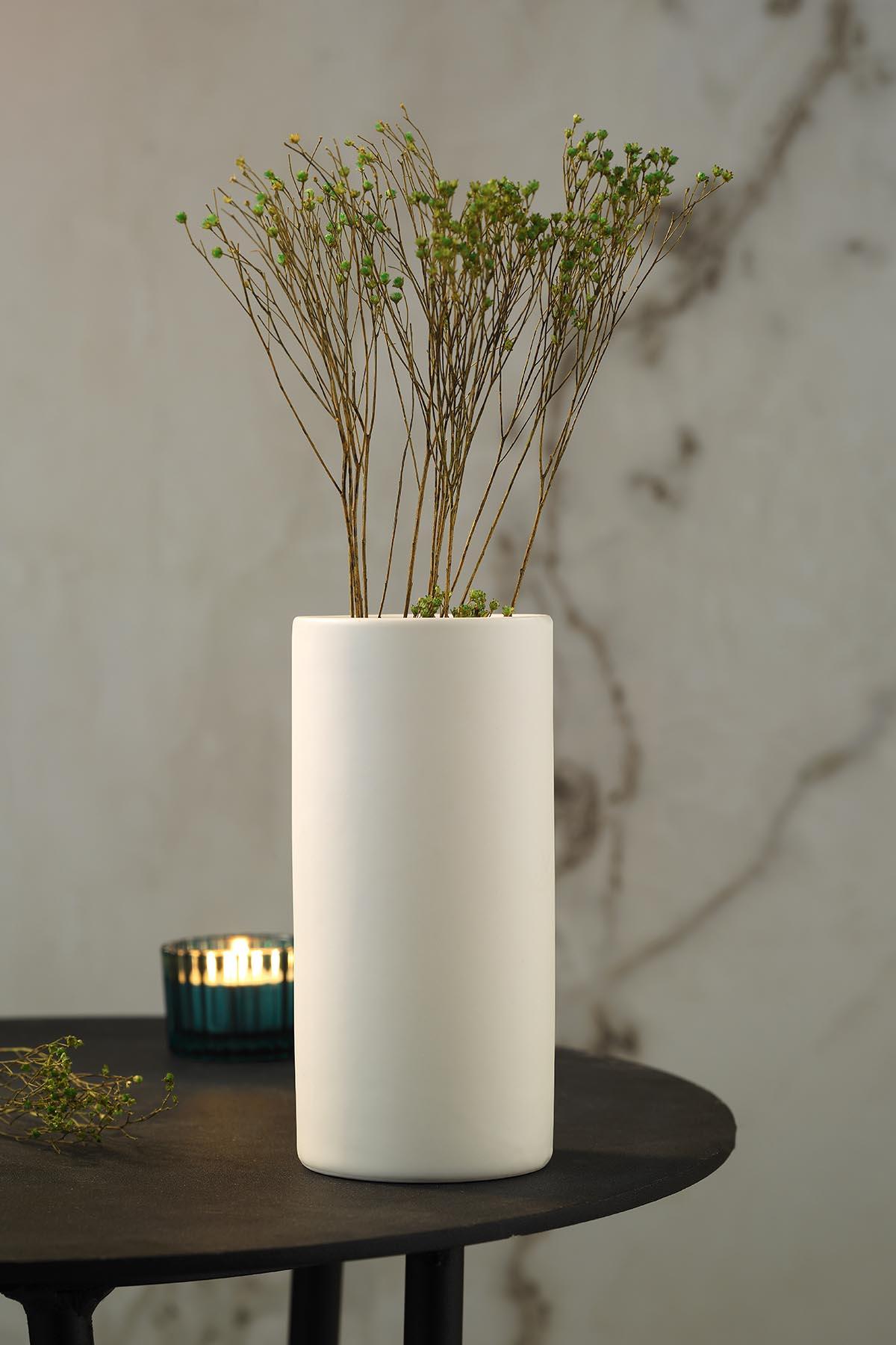 Kütahya Porselen Modern 15 Cm Vazo Mat Krem
