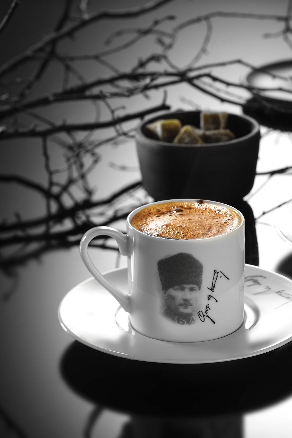 Kütahya Porselen Atatürk Kahve Takımı 10428