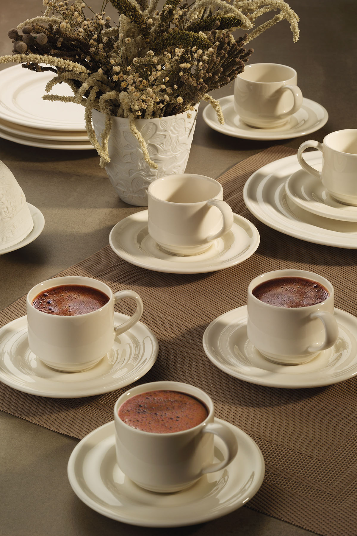 Kütahya Porselen Tuvana Kahve Takımı Krem